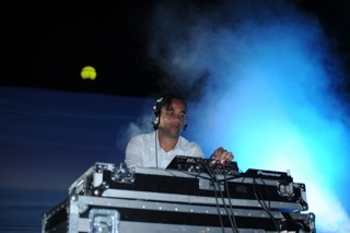 35 DJ MATHON Rock the Beat 2011