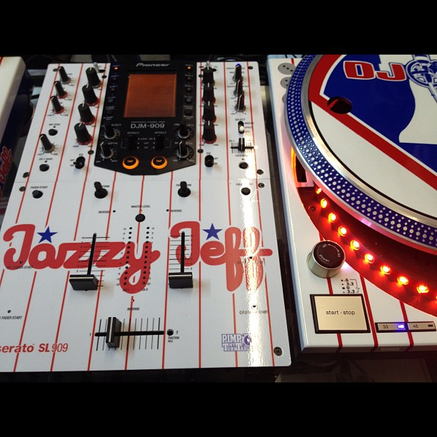LRG and Complex present DJ Jazzy Jeff: Life Colors