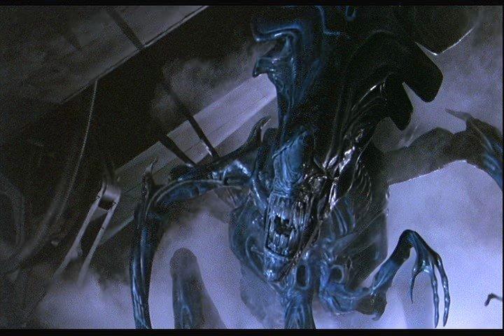 16: Aliens (1986) show art