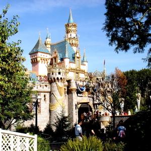 DWE Episode 028: Disneyland
