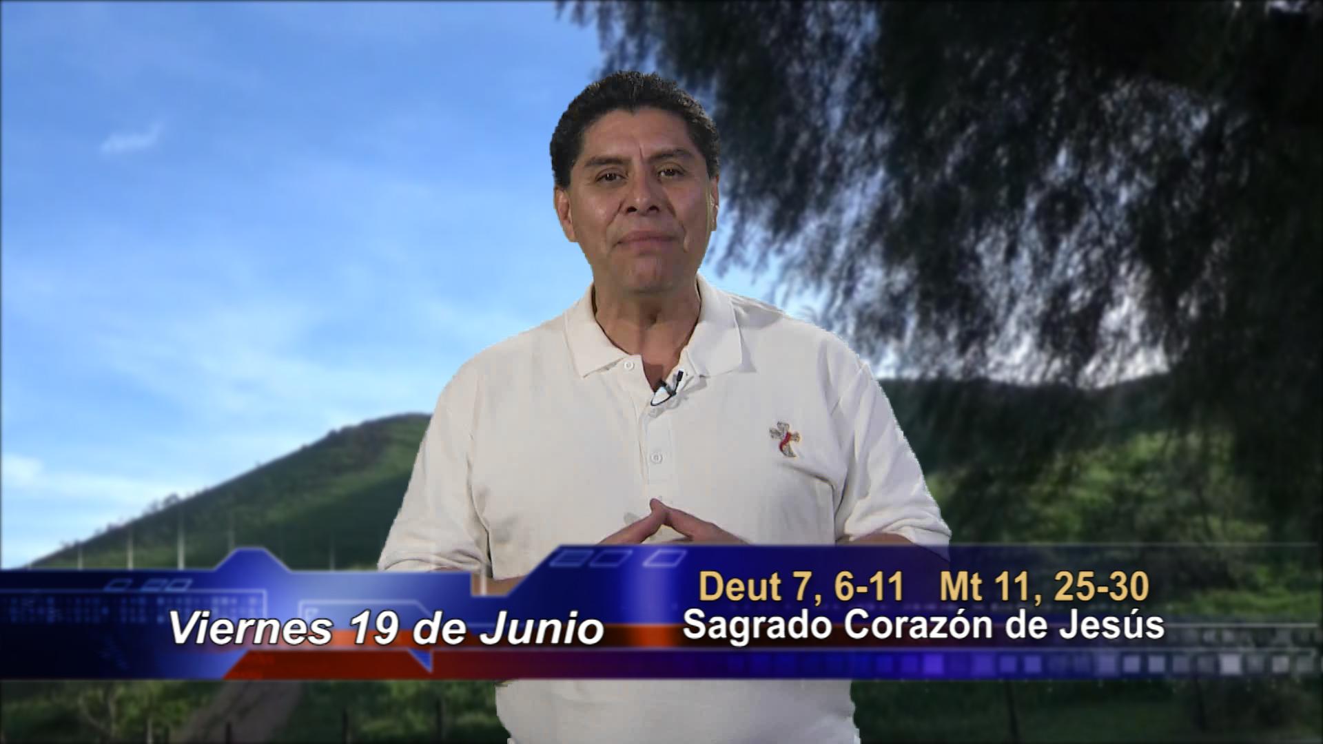 Artwork for Dios te Habla con Dn. Alfredo Vargas; Tema de hoy:  Sagrado Corazón de Jesús