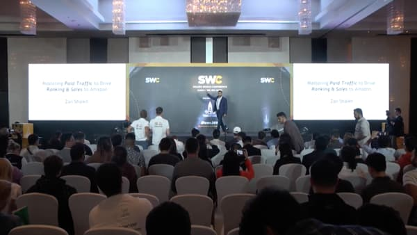zan sheikh speaking at sellers world conference in bangkok dec 2019