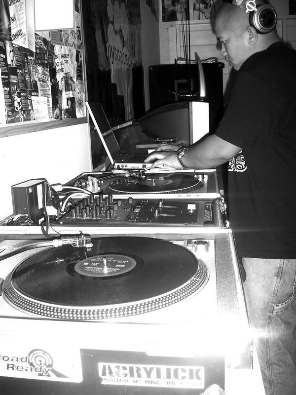 DJ Wrex: Chillout Live Volume 2