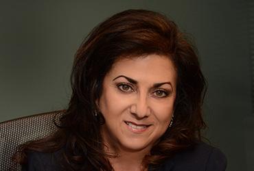 Dr. Linda Mona