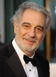 NO PUEDE SER!! Placido is 70 and the voice is still superb!!!