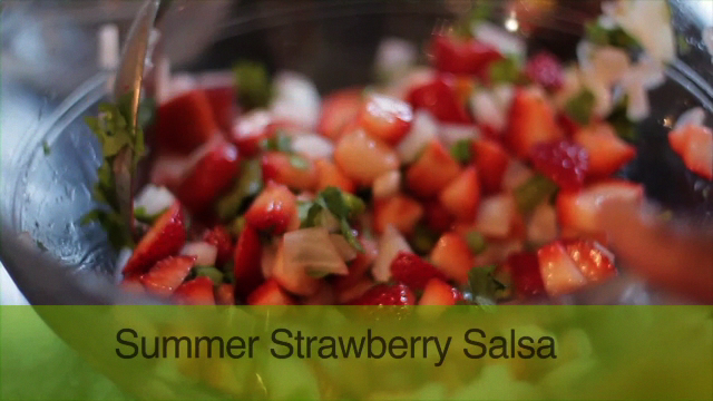 Yoli's Summer Strawberry Salsa