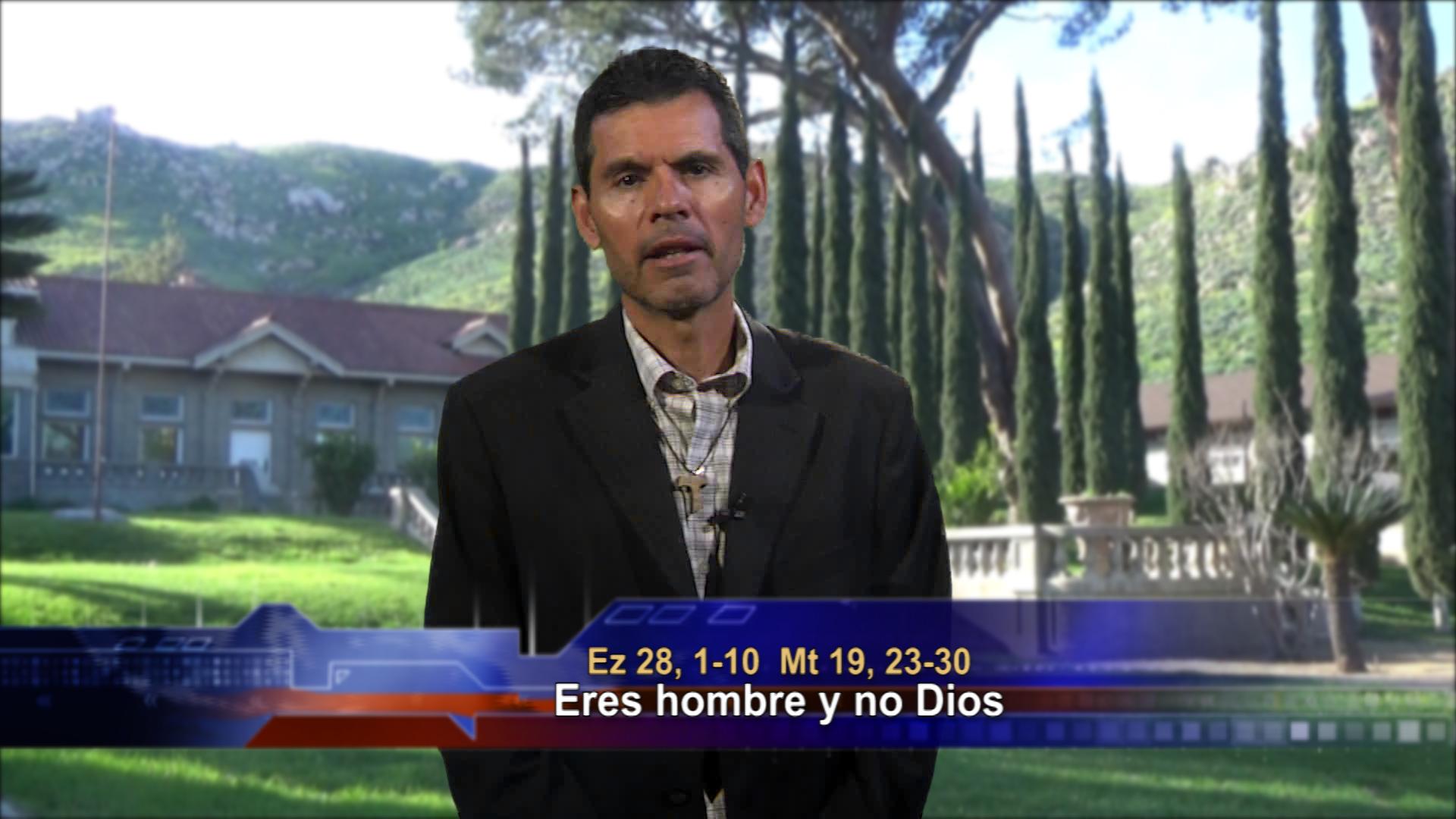 Artwork for Dios te Habla con Jose Luis Elias;  Tema de hoy: Eres hombre y no Dios