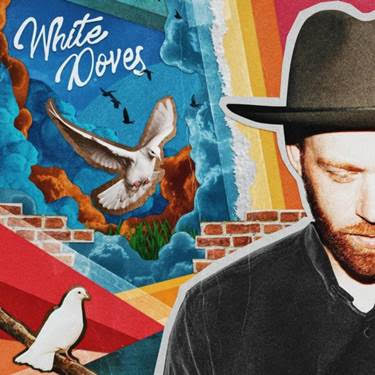Interview with Sam Tinnesz show art