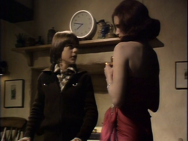 Sapphire & Steel: Assignment #1 - Escape Through a Crack in Time (1979)