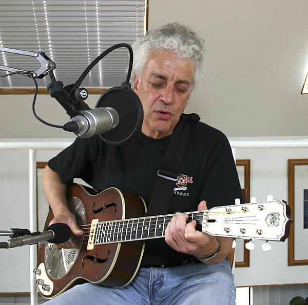 Doug MacLeod in conversation