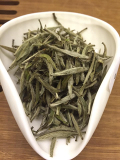 How To Spot a Quality Tea - Part 2: Silver Needles