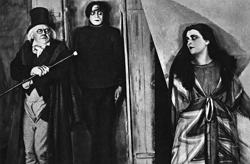 31 - The Cabinet of Dr. Caligari (1920) - Horror Wakes Up