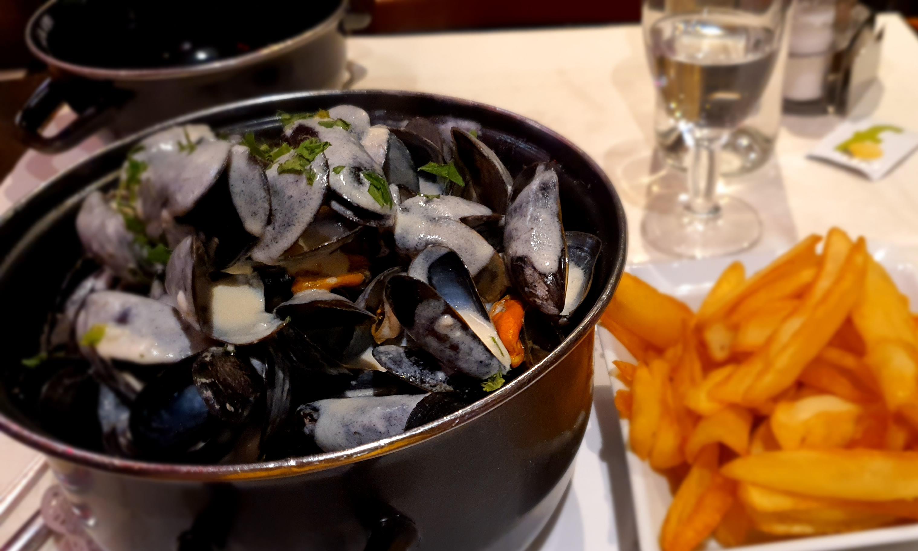 """Moules et Frites"" in a Parisian Brasserie"