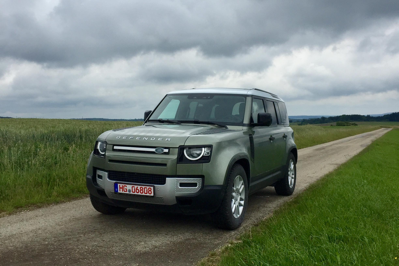 Land Rover Defender (Foto: Autotelefon)