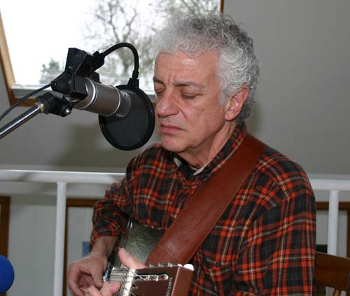 Doug MacLeod in session