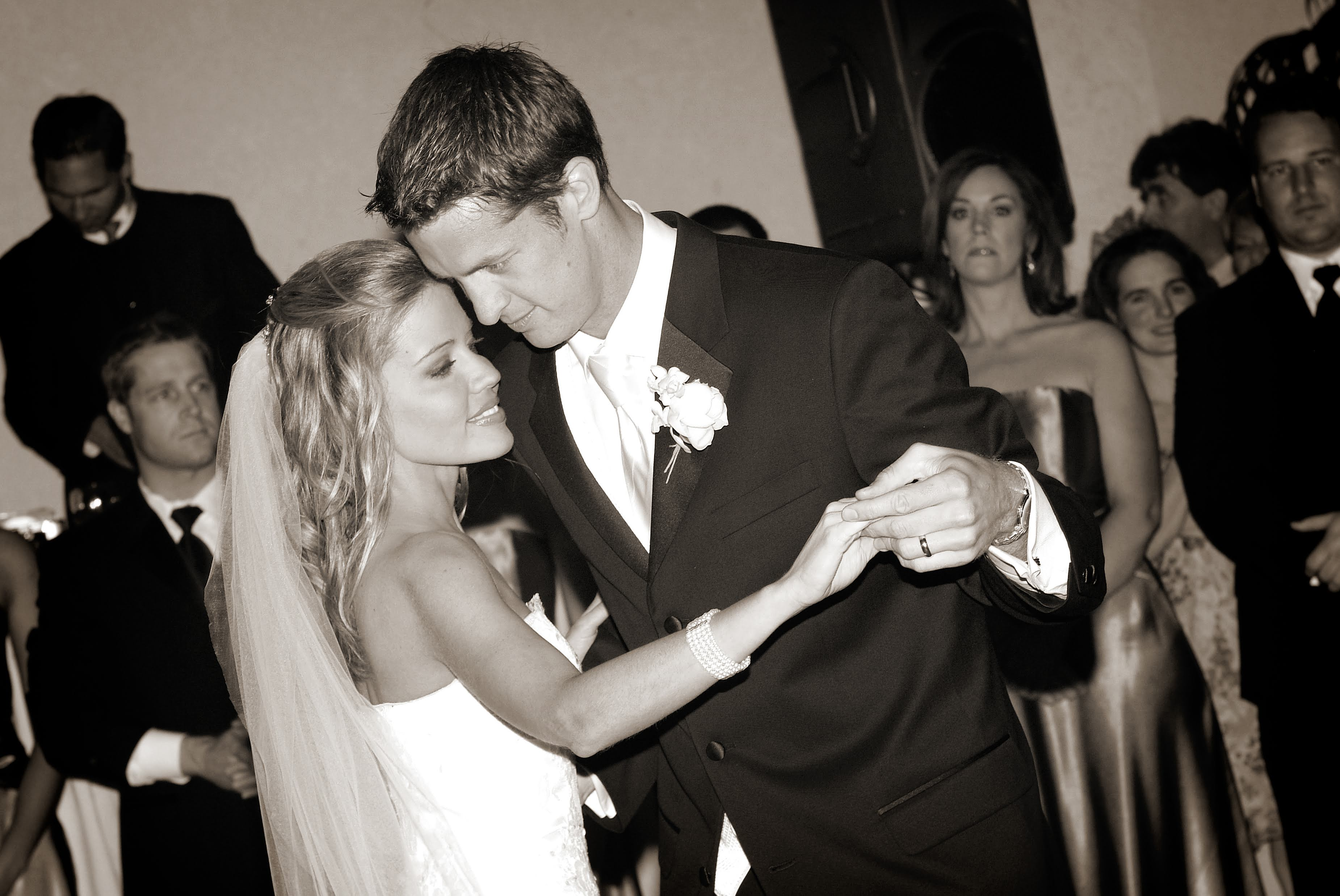 Kim and Penn Holderness First Dance