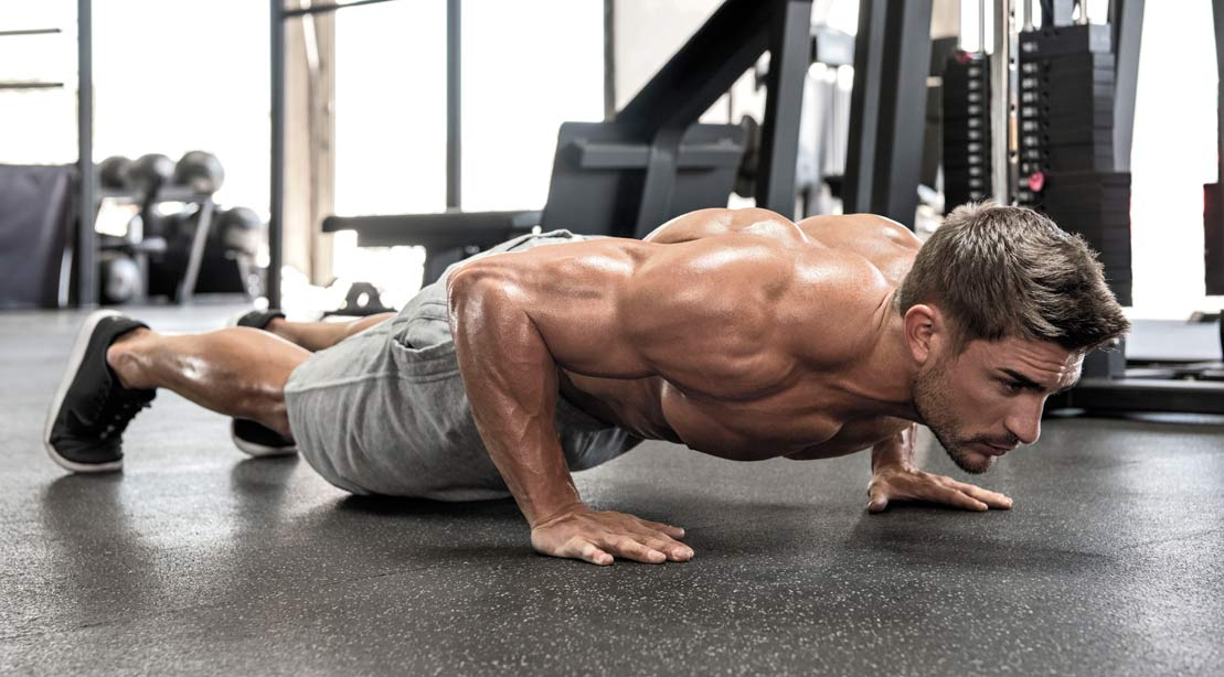 Workout : The 10 Best Bodyweight Exercises You're Not Doing (But Should Be)