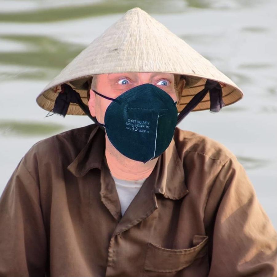 RANNÍ KISS - Vtip od vietnamce Fran Ti-Shka