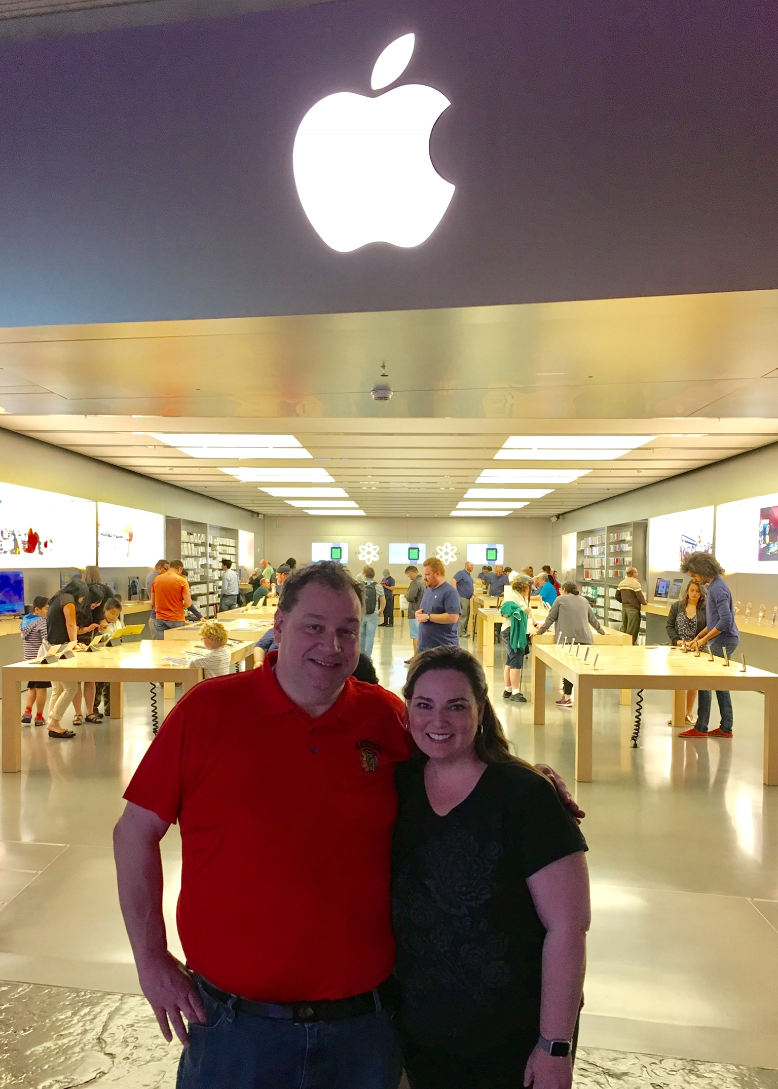 Dave and Melissa at Vegas Apple