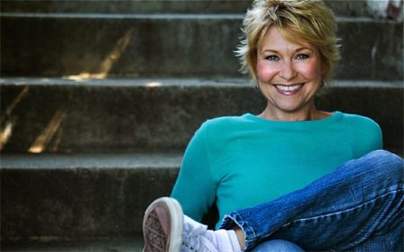 Episode 40 - Dee Wallace