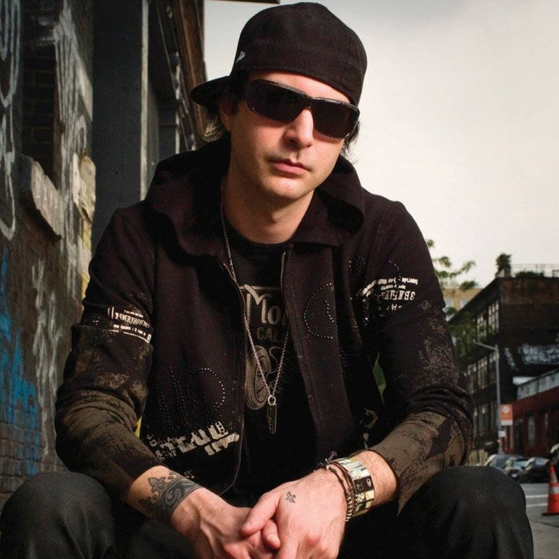 Interview with Kevin Rudolf show art