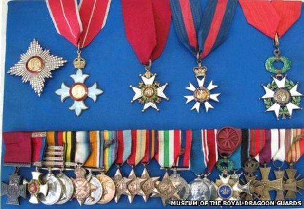 Medaljene hans