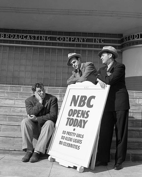 October 25, 1938 Andy Devine, Jack Benny and writer