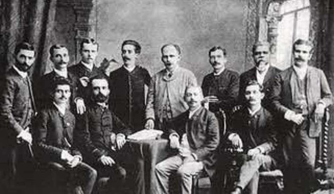 Membros da Sociedade abolicionista Perseverança e Porvir. Dragão do Mar é o único negro da foto