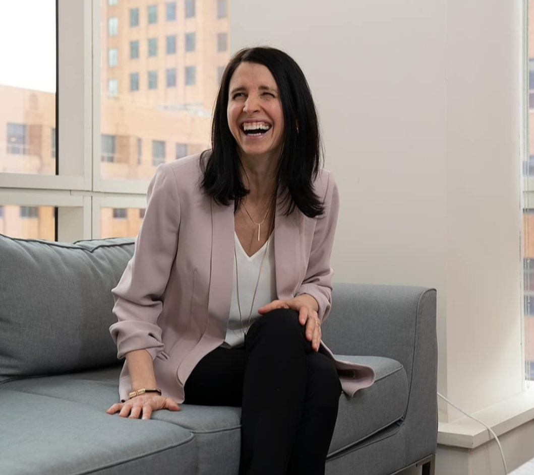 Dr. Julie Gurner