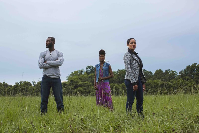 Episode 379: Queen Sugar - S1E1/S1E2 - First Things First/Evergreen