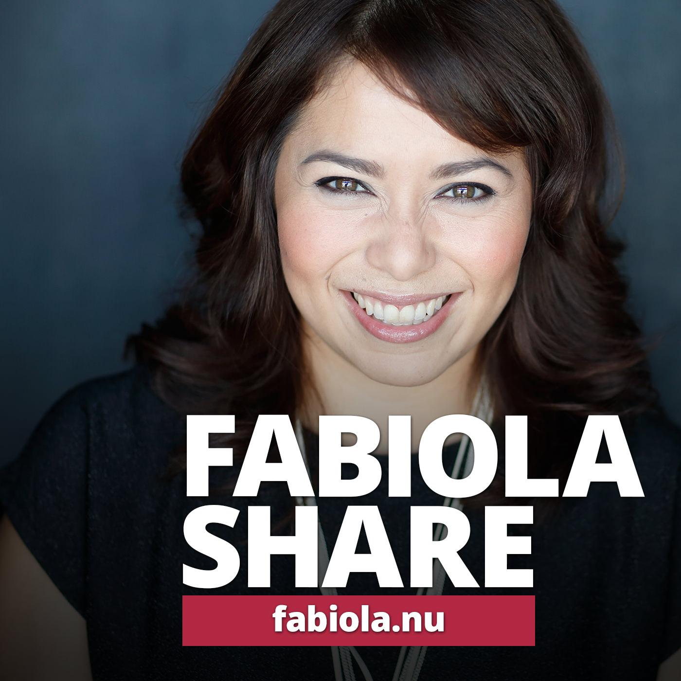 Fabiola Share show art