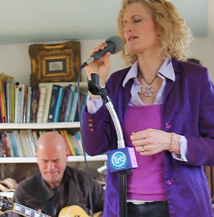 Zoe Schwarz in session