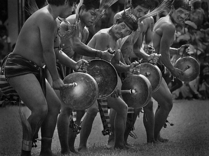 Kalinga Dancers photo by Tony Remington