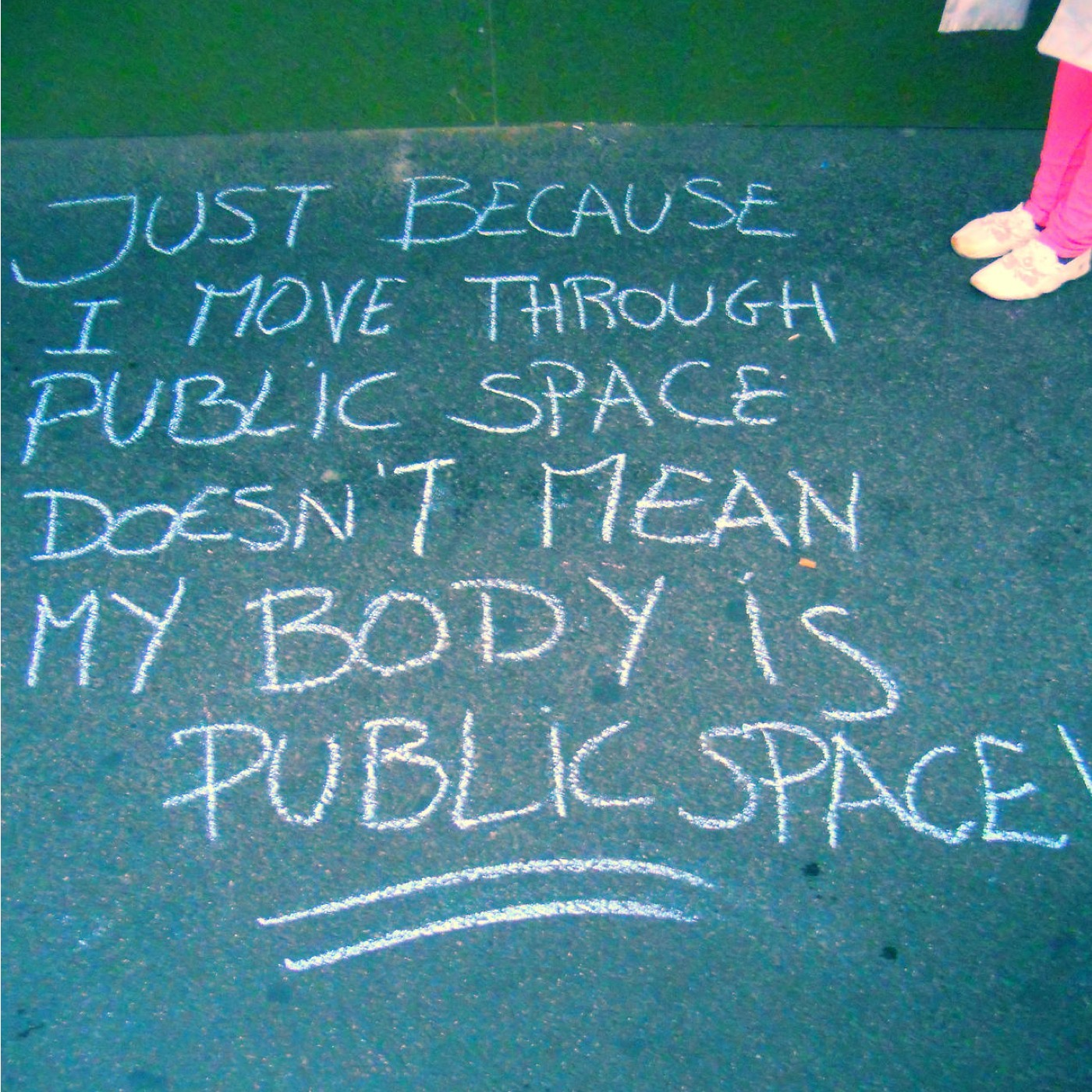(2014/11/14) Hey girl, you want me to respect your personal space? (Street Harassment)