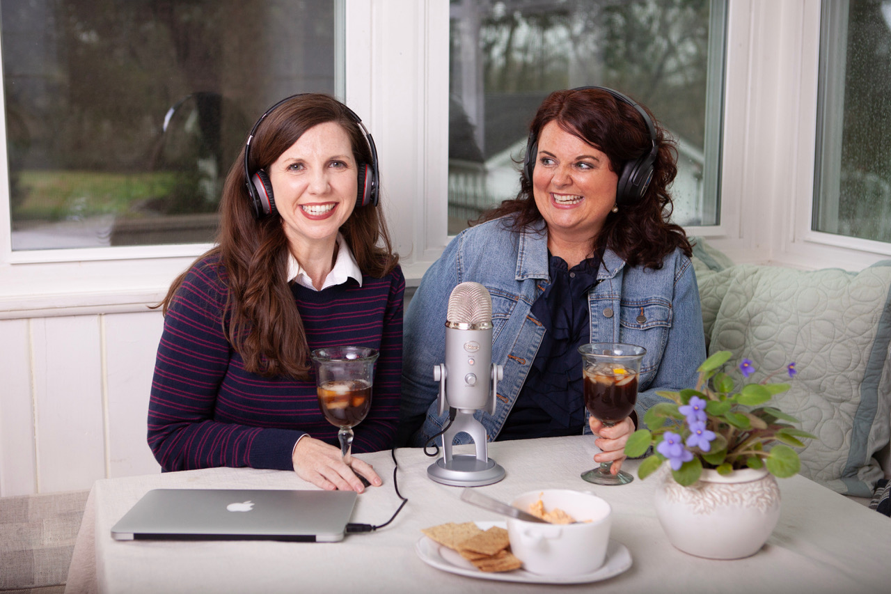 Steel Magnolias Podcast Hosts Laura Beth Peters (left) and Lainie Stubblefield (right)