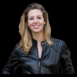 Women Entrepreneurs Radio: Don't Pay for Your MBA: The Faster, Cheaper, Better Way to Get the Business Education You Need with Laurie Pickard