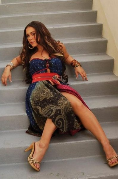 Amber Ojeda: Ladylike