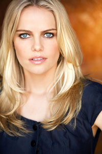 Actress Mircea Monroe Shares Stories of Breaking Into Hollywood