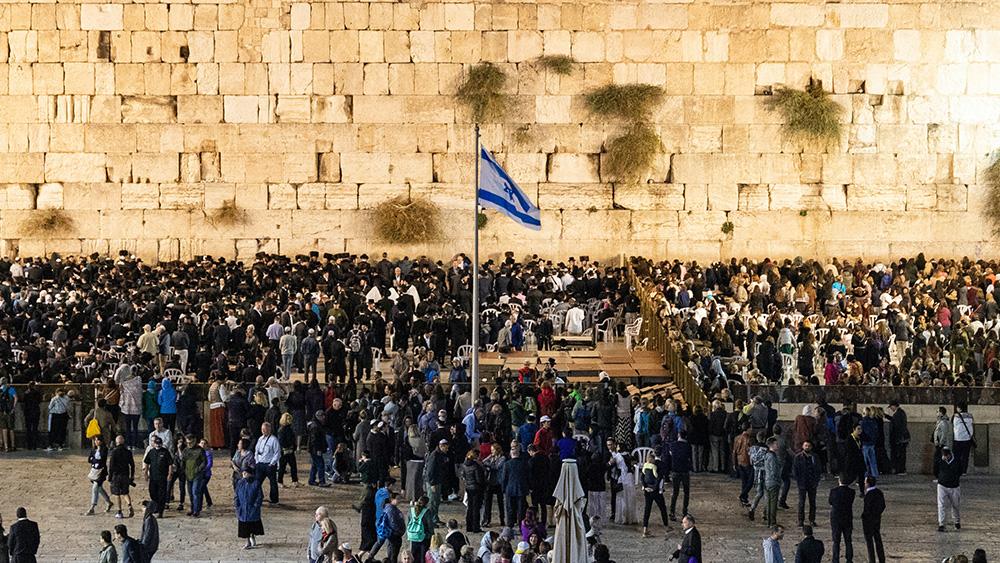Bosättarhöger och islamska fundamentalister – tillsammans ska de styra Israel
