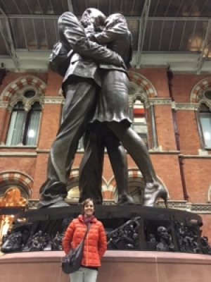 London, The Lovers' Statue.