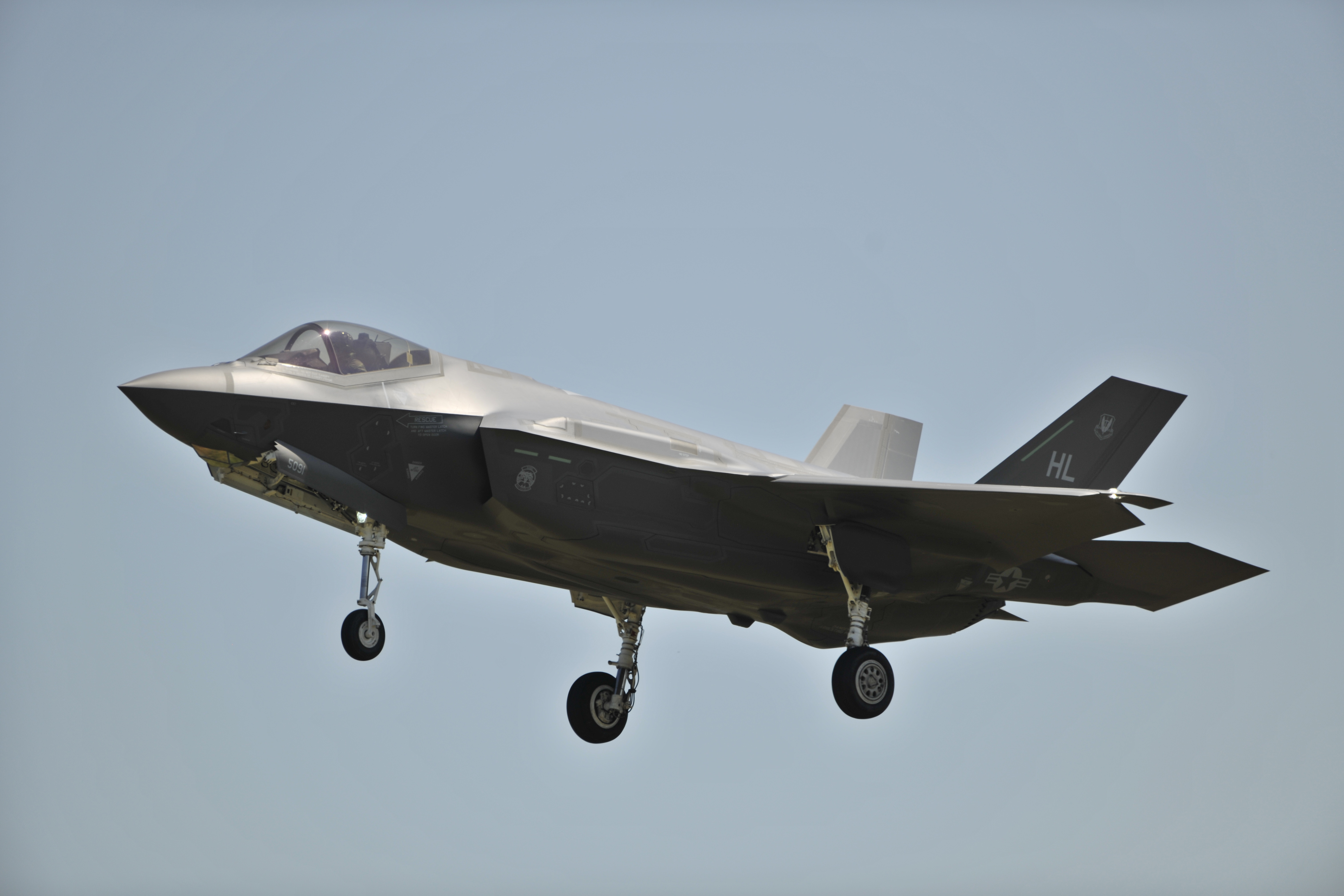 Video: Podcast: F-35 in the Crossfire, Part 1 | Combat