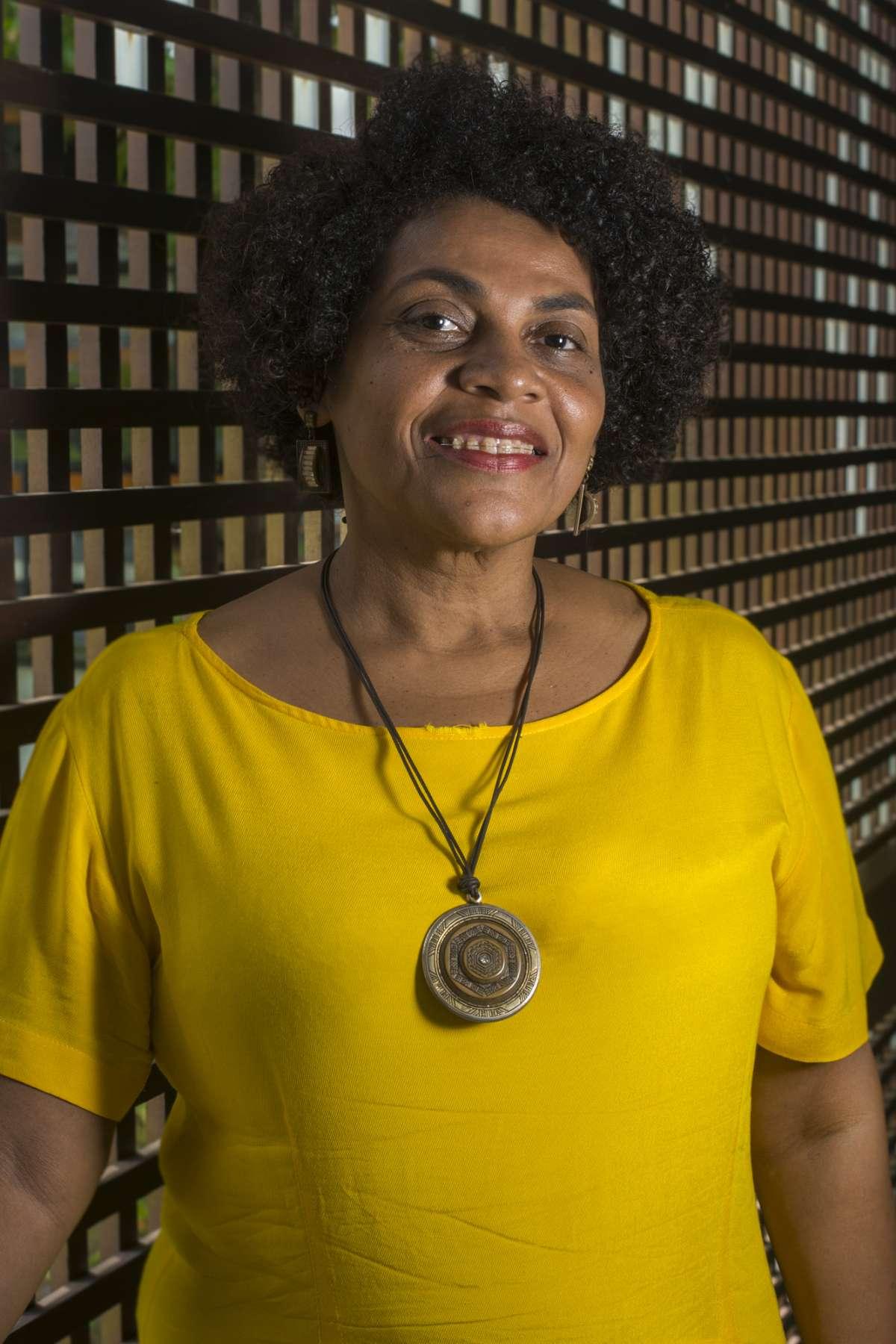 Zelma Madeira, professora da graduação e mestrado em Serviço Social da Universidade Estadual do Ceará (UECE)
