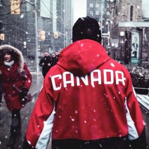 Rompiéndola en Canadá