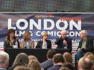 Tim's Take On: Episode 201(Doctor Who panel at London Film and Comic Con Winter 2013)