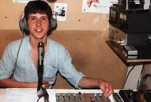 Thameside 10Jan82 Damned interview Welcome to Paul James