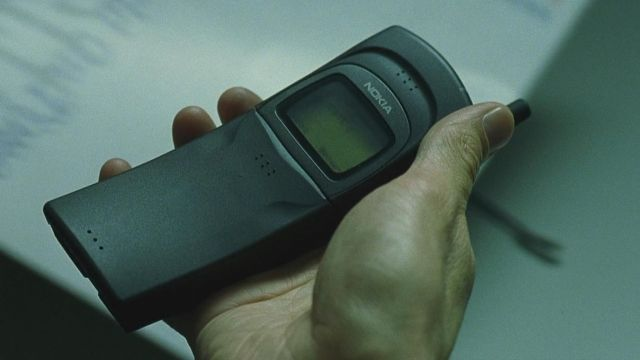 Neo's Cell Phone