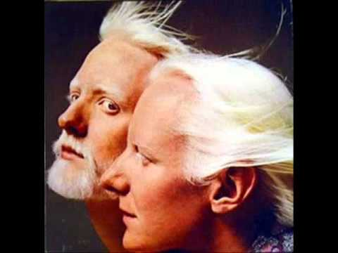 Johnny and Edgar Winter - Please Come Home For Christmas - Time Warp Radio