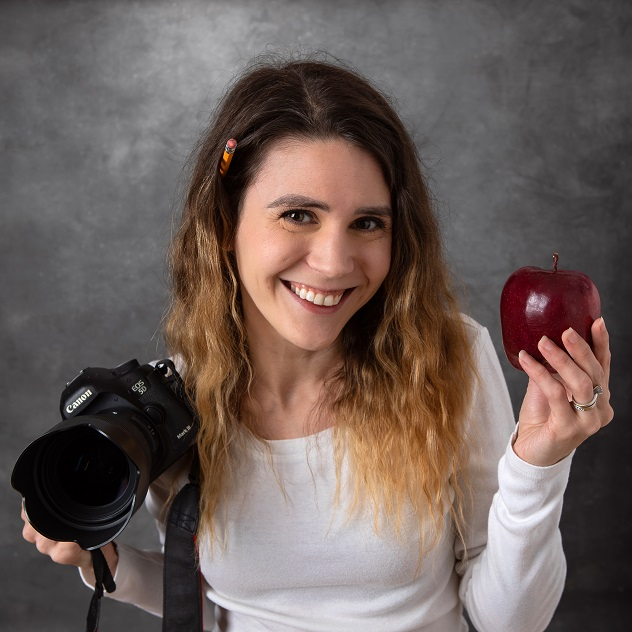 210 - She took a long road to becoming a professional photographer: Tom interviews Erika Hatfield