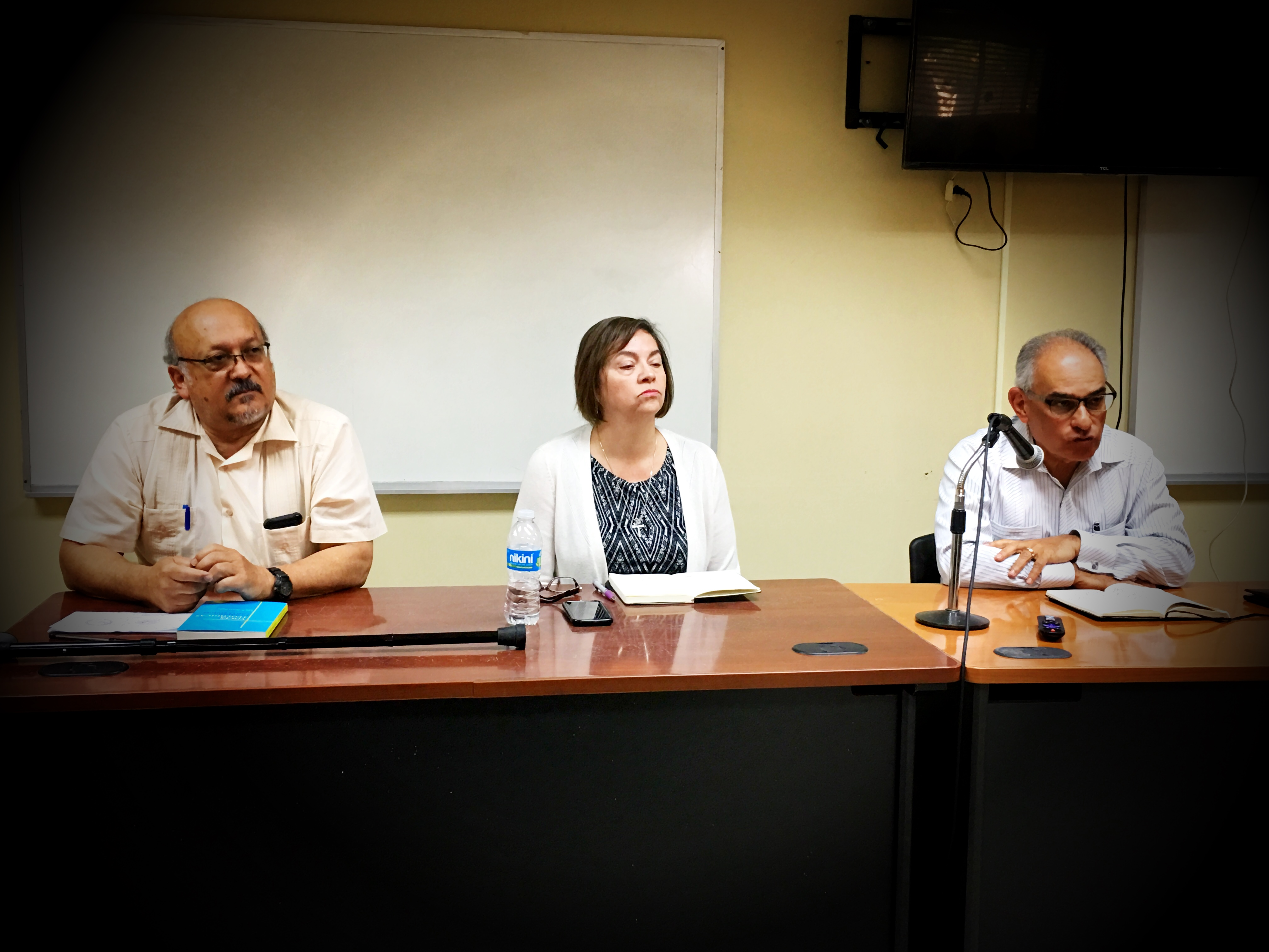Jose David Rodriguez, Rafael Malpica y Evelyn Soto en TeoBytes