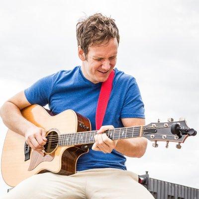 Dane Maxwell, Guitar Hero